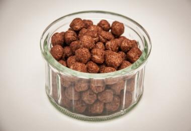 Csokoládés gabonagolyó