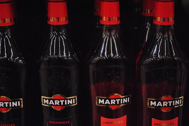 Ezen a képen: Martini Rosso