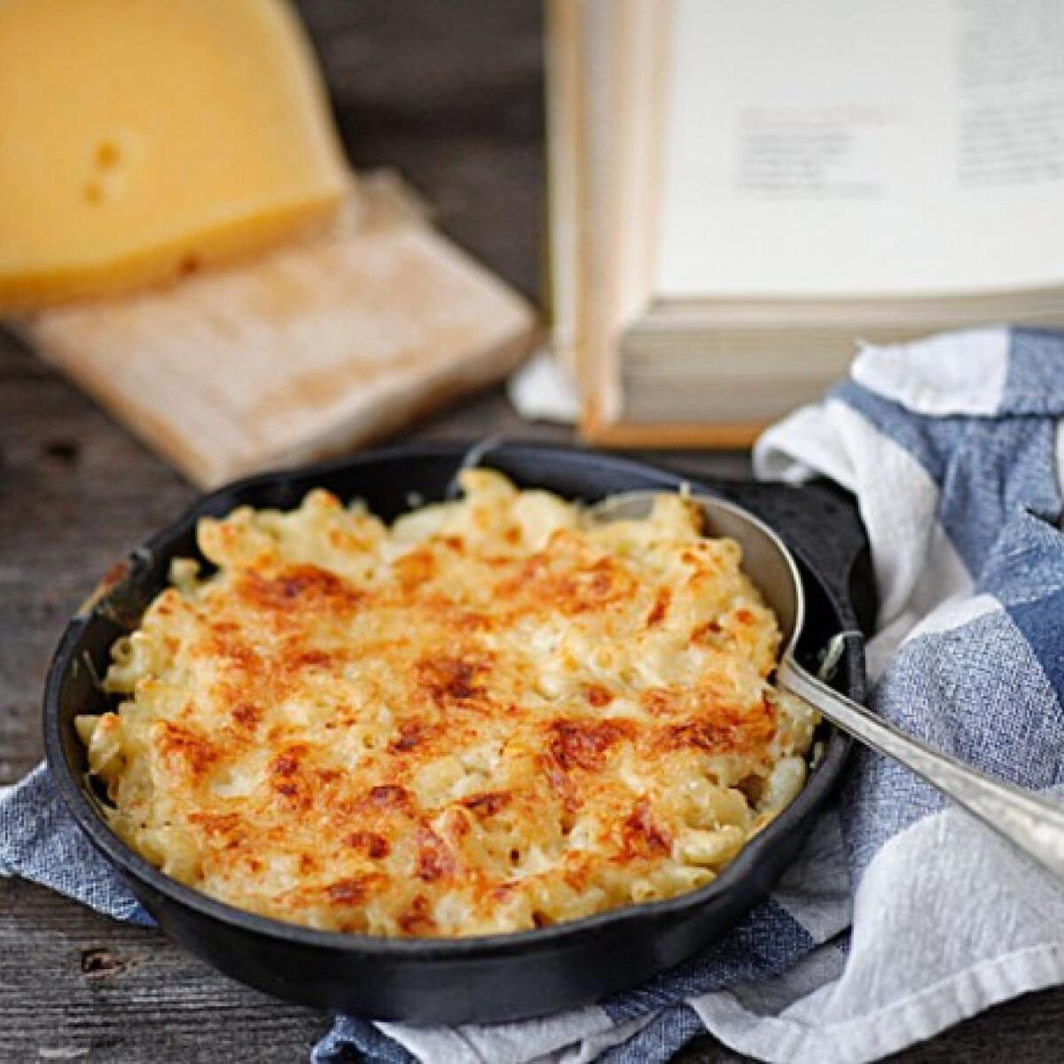 Ezen a képen: Mac and cheese Dacotától