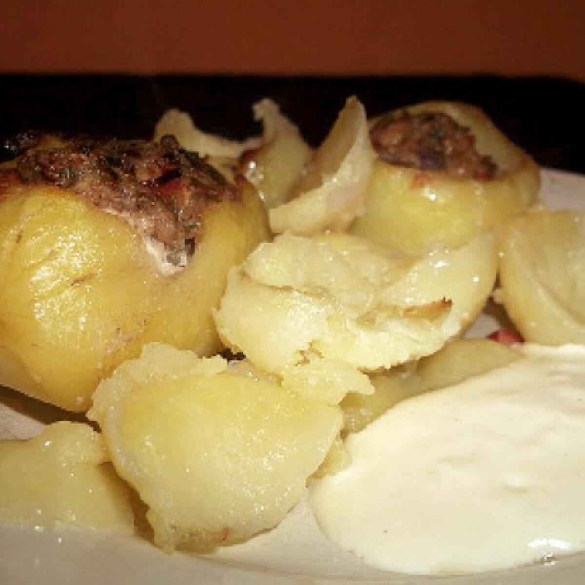 Ezen a képen: Töltött krumpli Kattika konyhájából