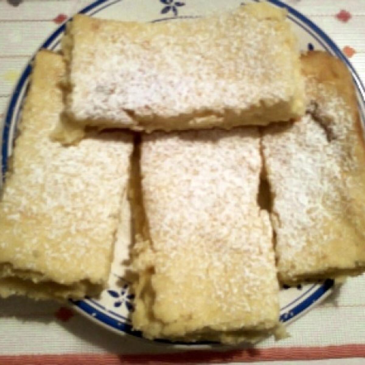 Citromos-túrókrémes süti