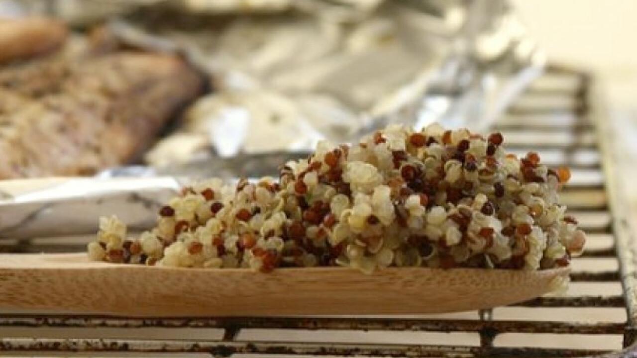 Teán füstölt lazac quinoával