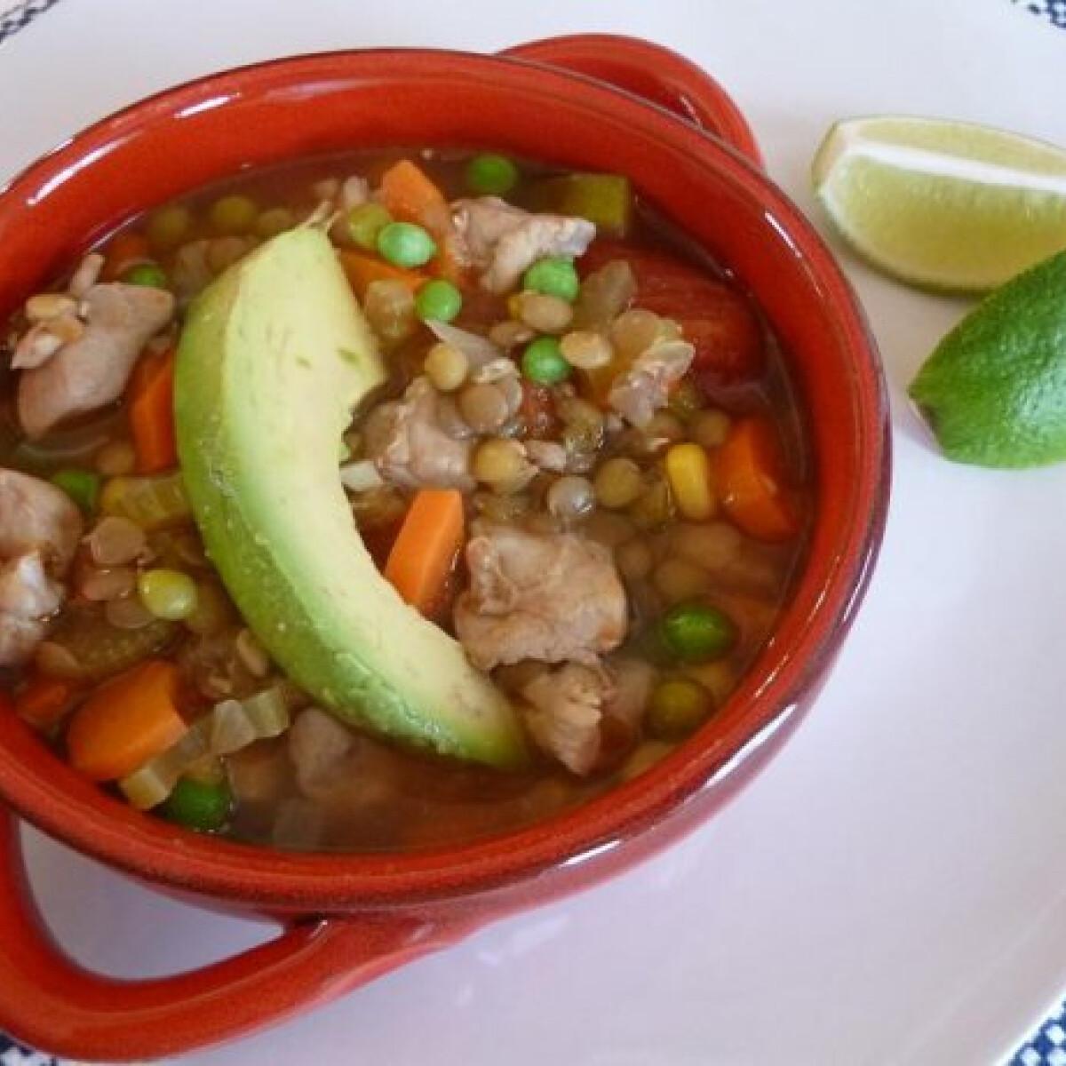 Ezen a képen: Csirkecomb leves