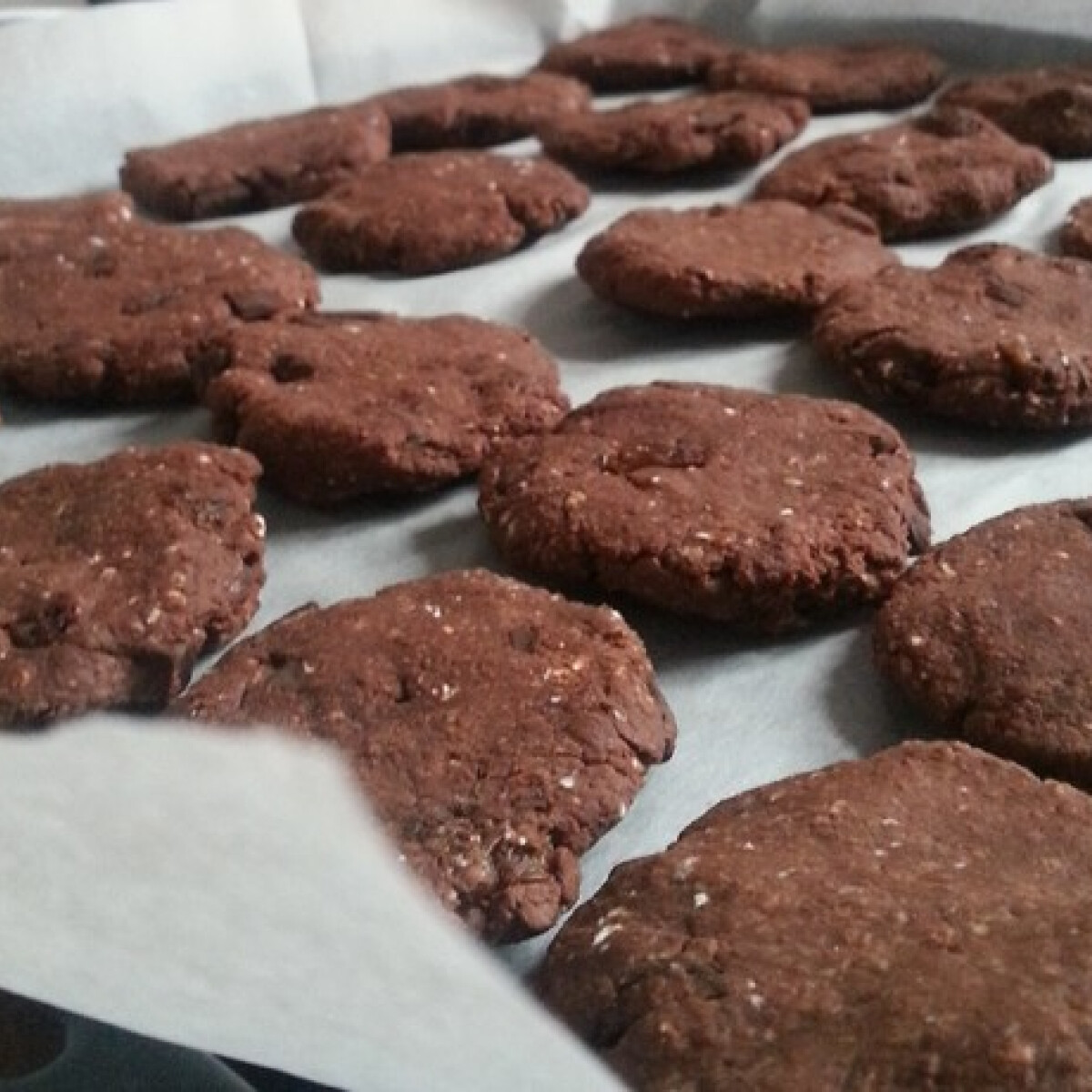 Ezen a képen: Diétás chilis-csokis keksz