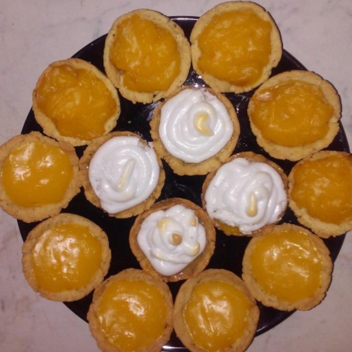 Ezen a képen: Narancskrémes muffin