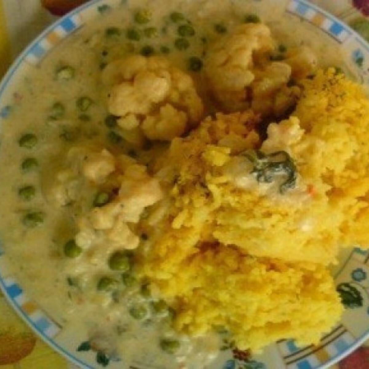 Főzőtökös-karfiolos tejszínszósz párolt rizzsel