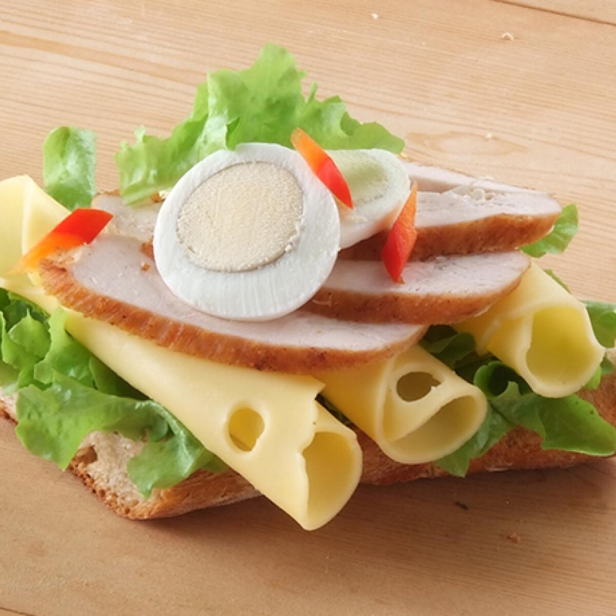 Ezen a képen: Vendégváró szendvicsek