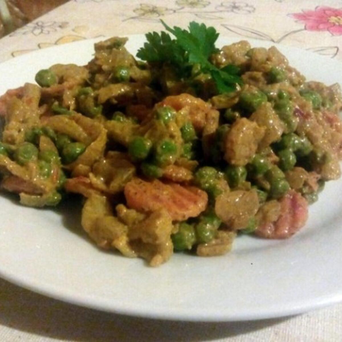 Tejszínes-currys zöldség