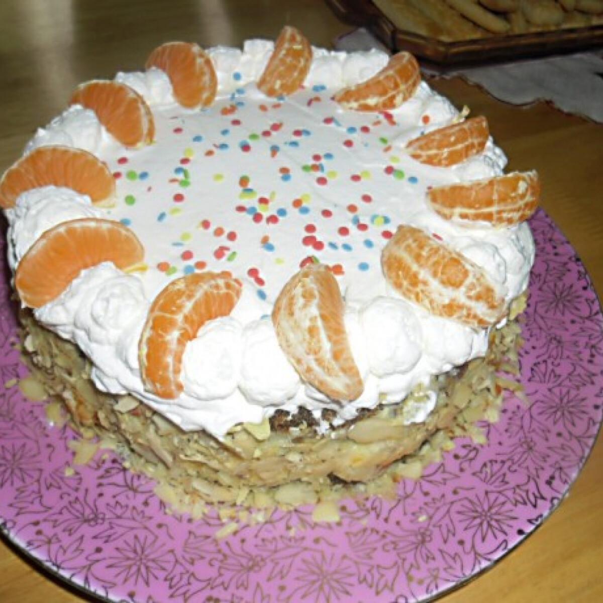 Ezen a képen: Karácsonyi mandarin torta