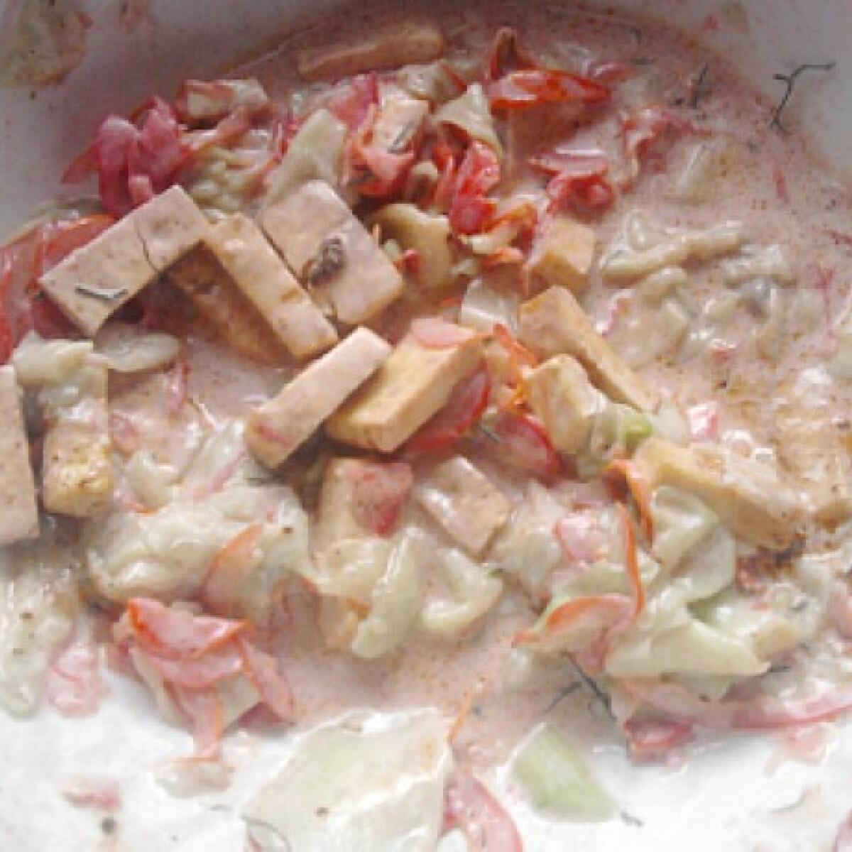 Görögös sült tofus saláta