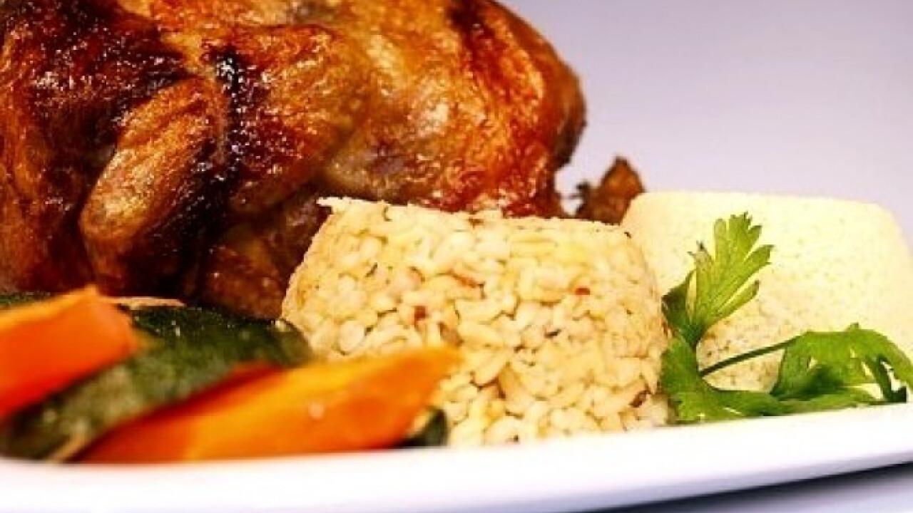 Grillcsirke gabonával és sült zöldséggel