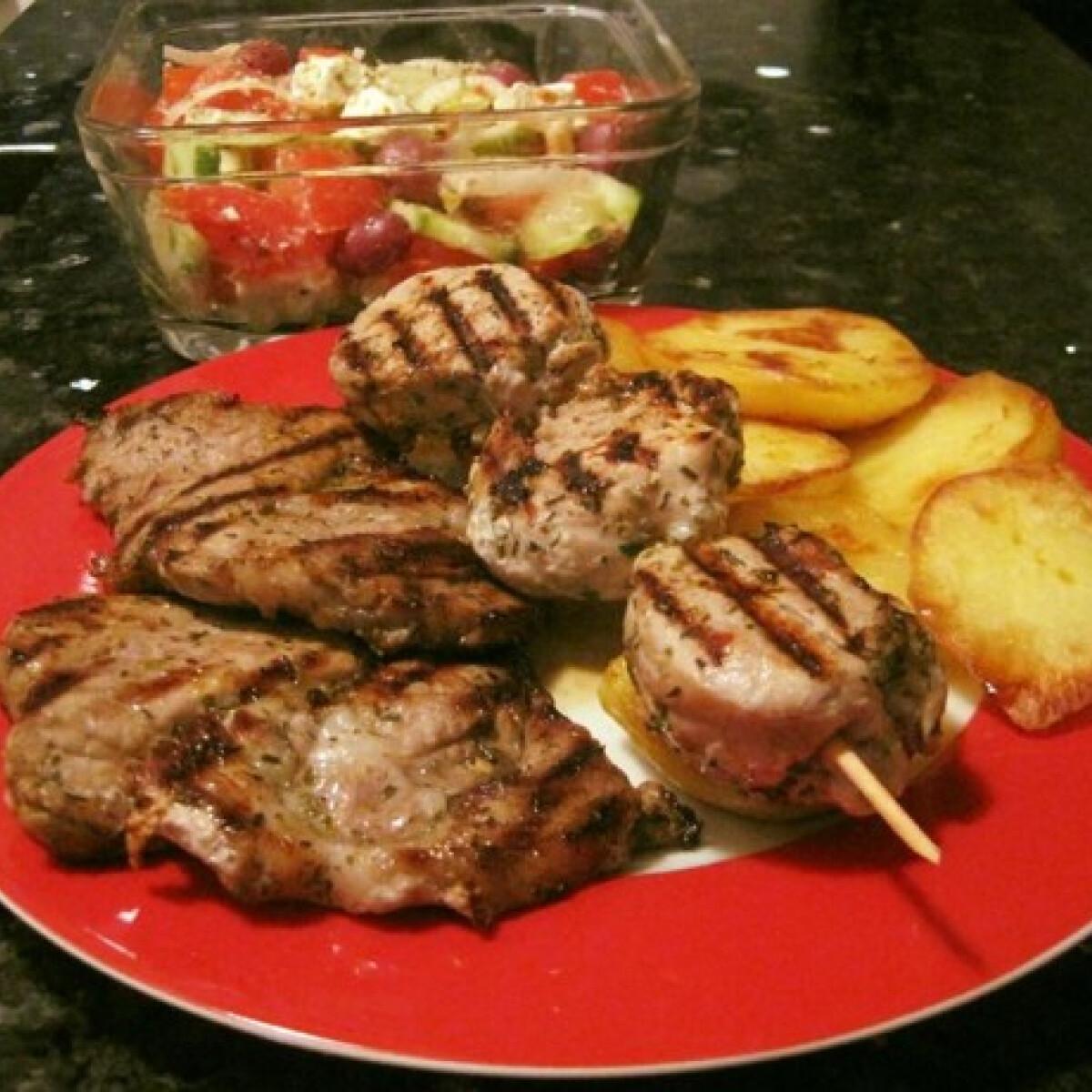 Ezen a képen: Görög grill hús