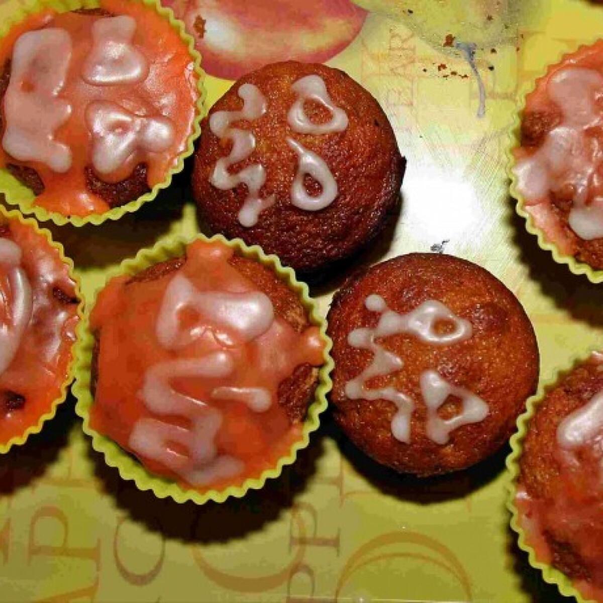 Ezen a képen: Puha sütőtökös muffin