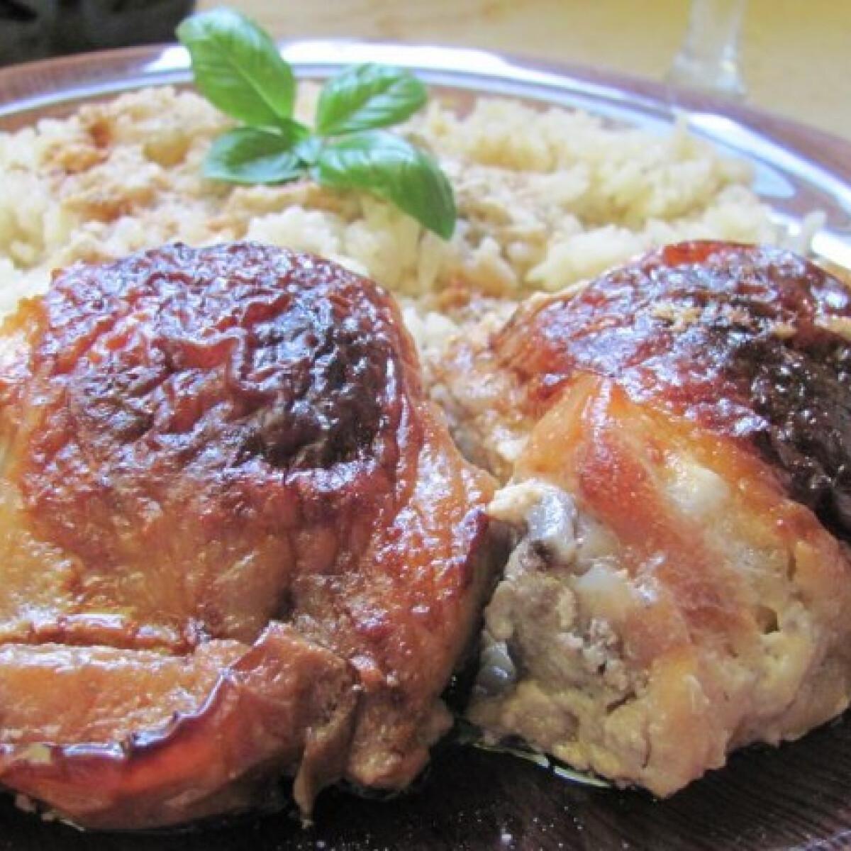 Ezen a képen: Kéksajttal töltött csirke