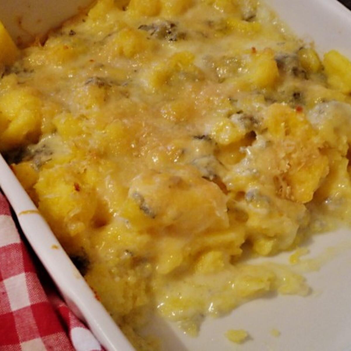 Ezen a képen: Gorgonzolás polenta