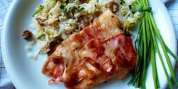 Harcsafilé baconbe tekerve gombás-pórés rizzsel
