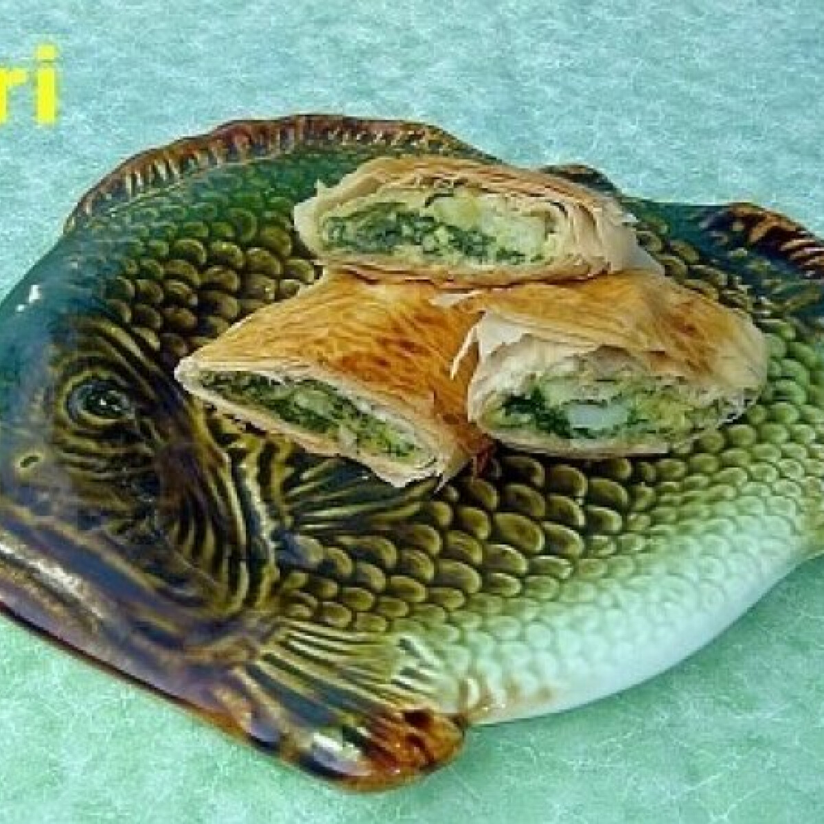 Ezen a képen: Spenótos-halas rétes