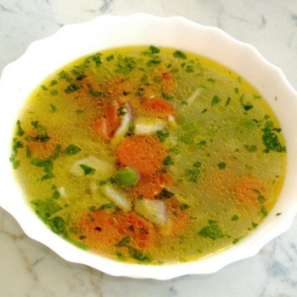 Ezen a képen: Hegykői zöldségleves