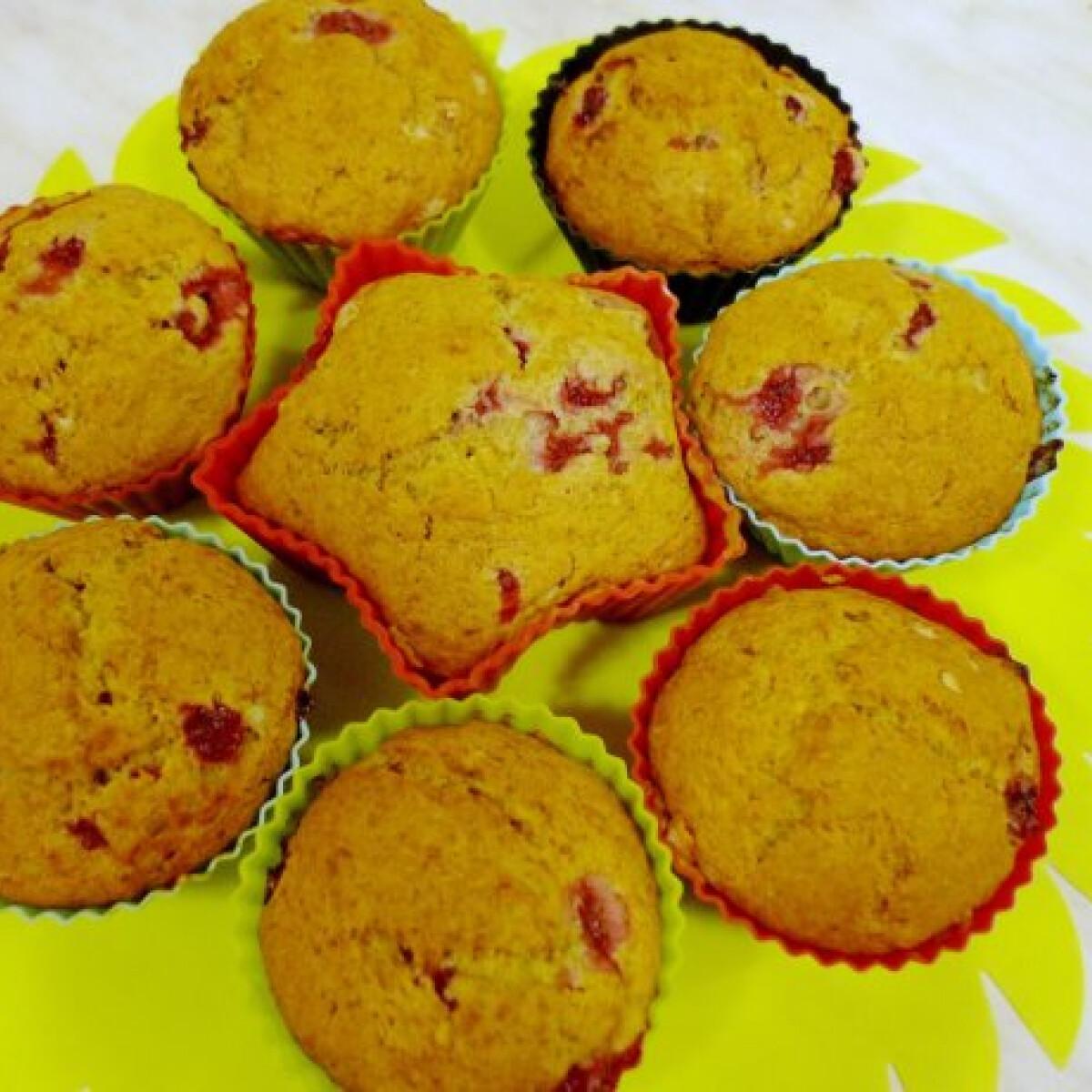 Ezen a képen: Banános-bogyós muffin