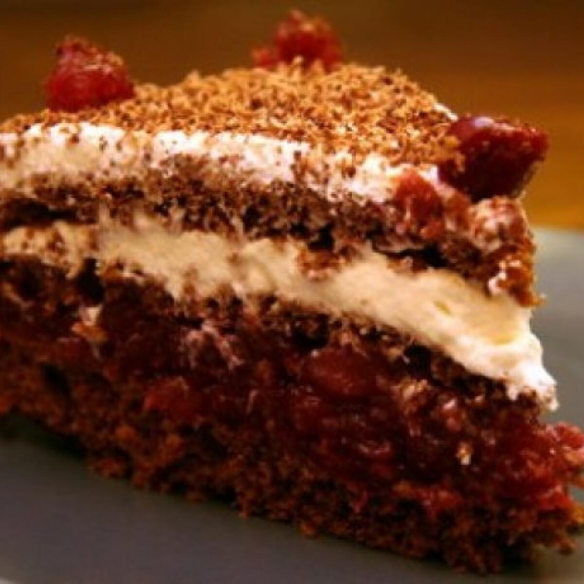 Ezen a képen: Feketeerdő torta Pamelie konyhájából