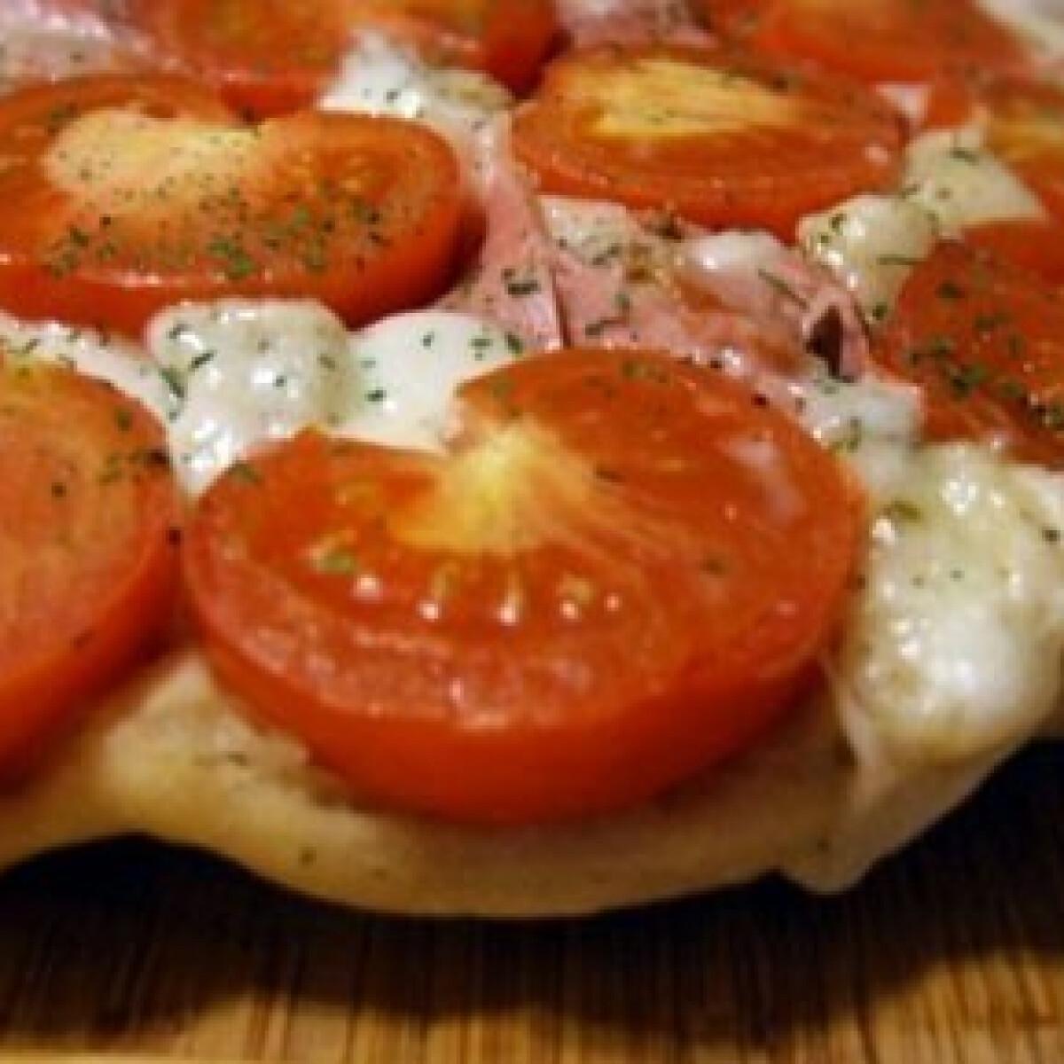 Ezen a képen: Pizza Tatin