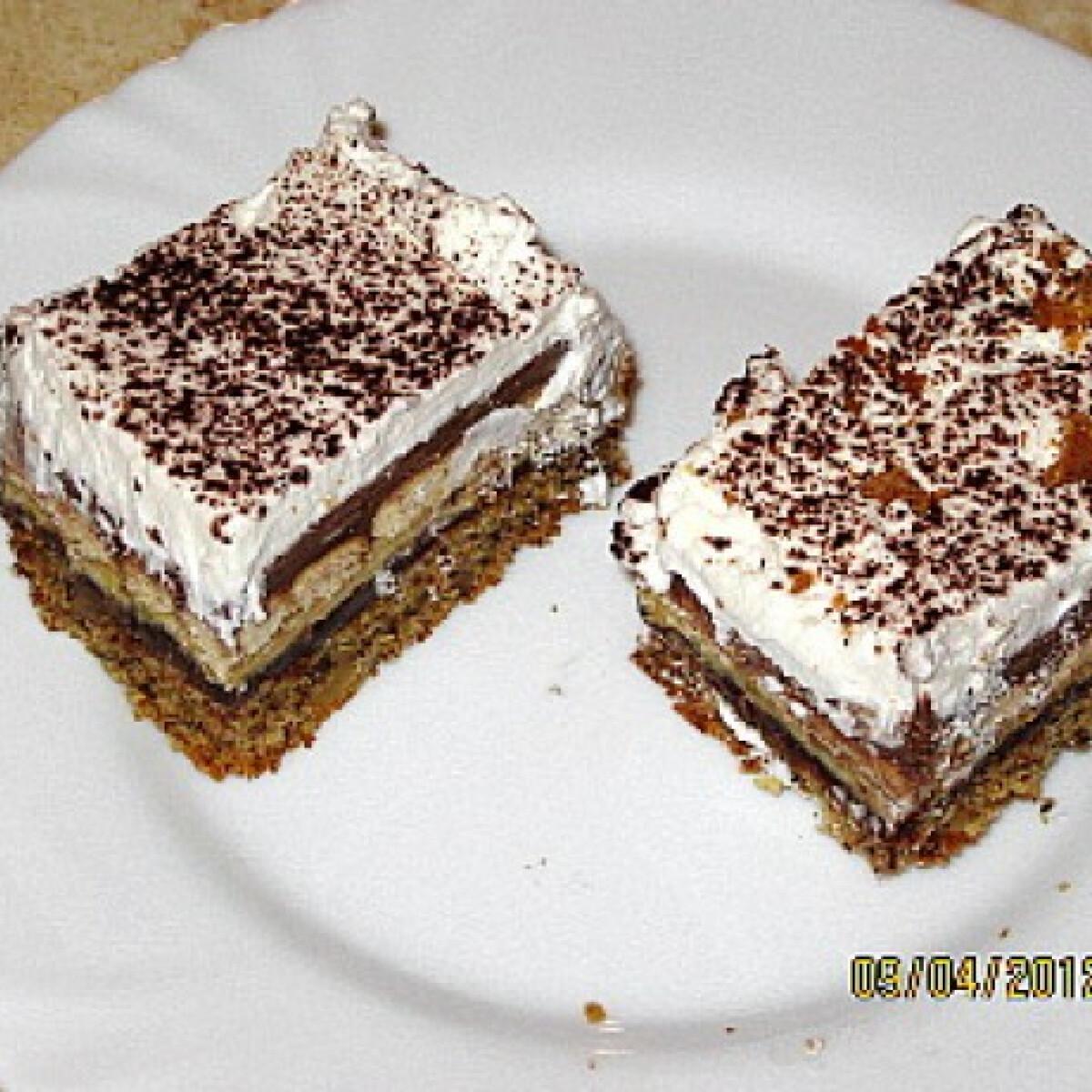 Ezen a képen: Nutellás sütemény