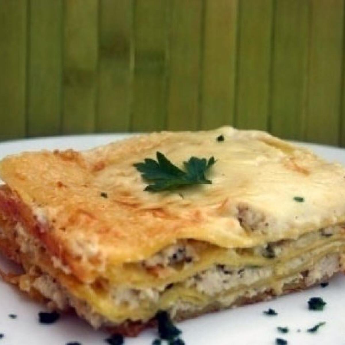 Ezen a képen: Csirkés lasagne