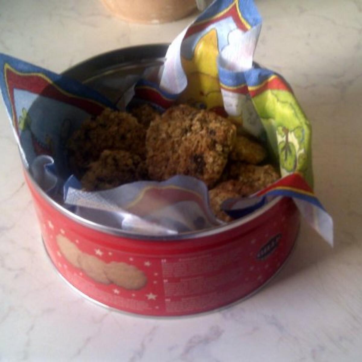 Ezen a képen: Zabpelyhes keksz michelle konyhájából