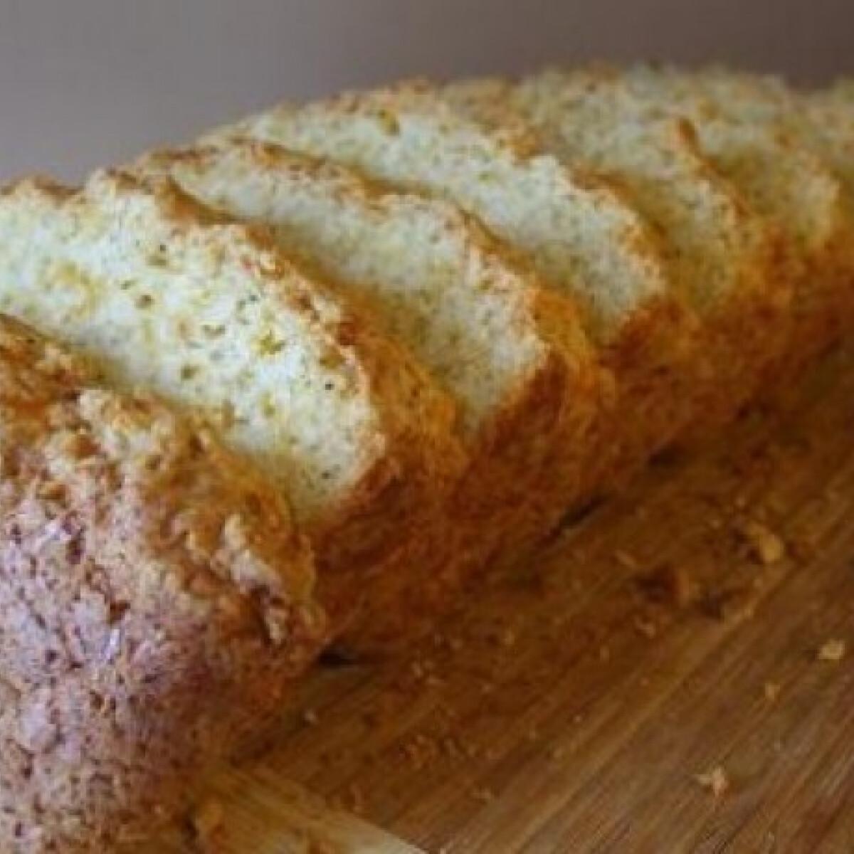 Sütőporos-sajtos kenyér