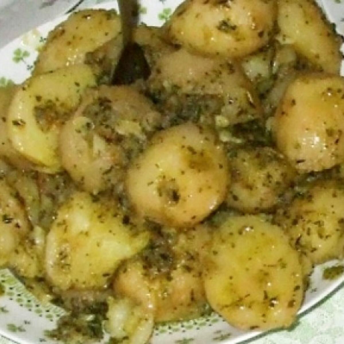 Ezen a képen: Fűszeres krumpli