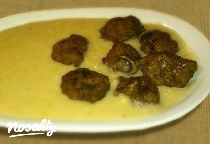 Sárgaborsó főzelék 2. -fasírtgolyócskákkal - Nosalty