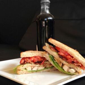 Fűszeres club szendvics