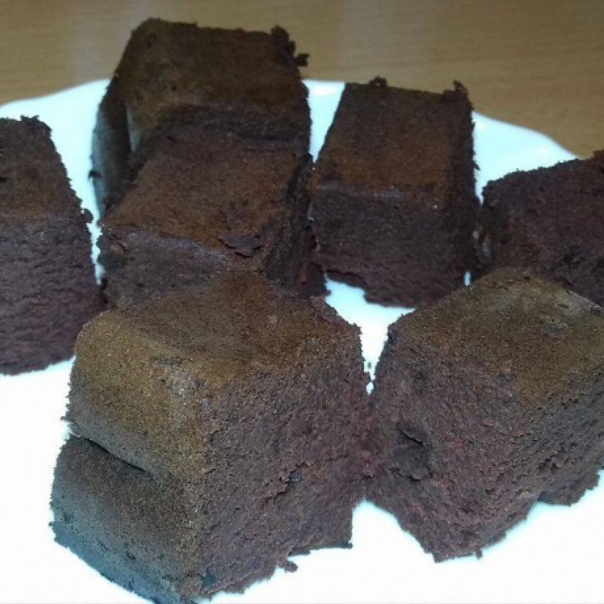 Ezen a képen: Céklás-csokis wellness brownie