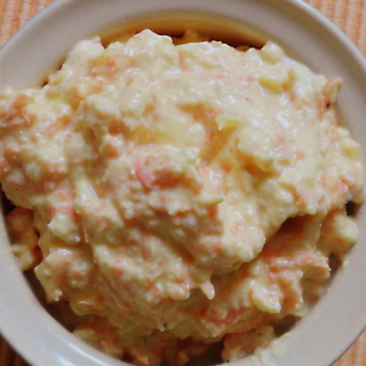Curry-s sárgarépás ananászos krémsajt