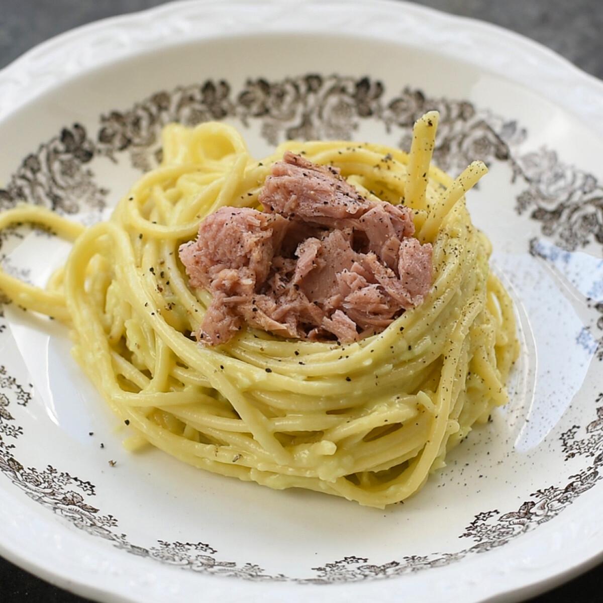 Avokádós spagetti