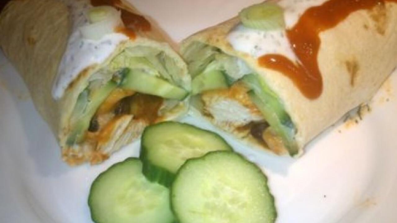 Csirkés-salátás wrap