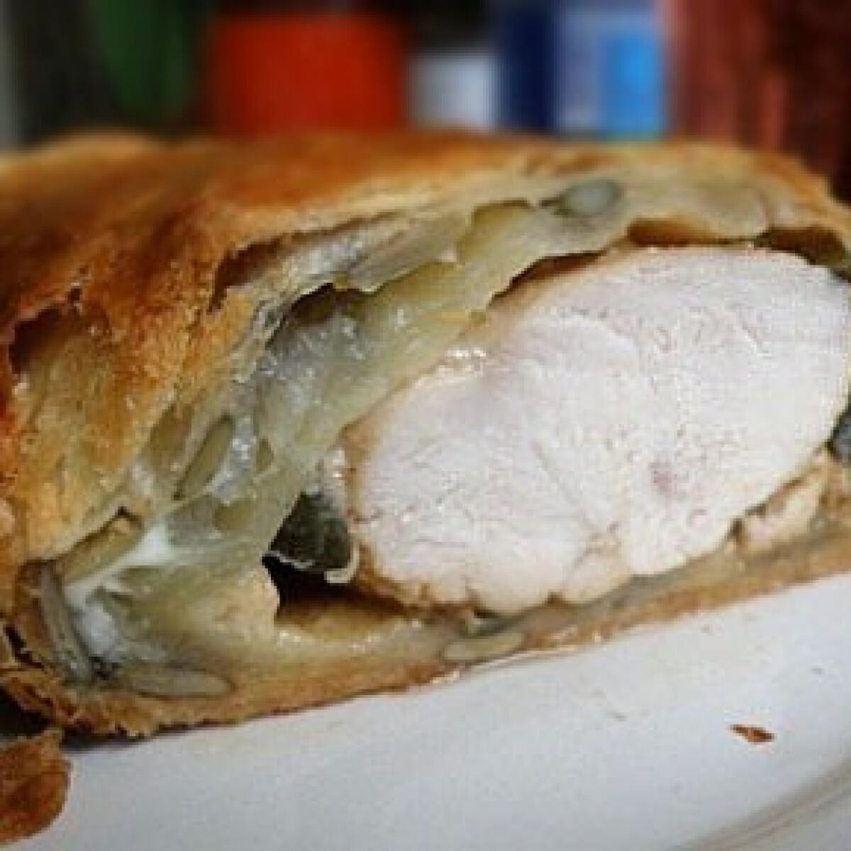 Ezen a képen: Tökmagos csirkemell leveles tésztában