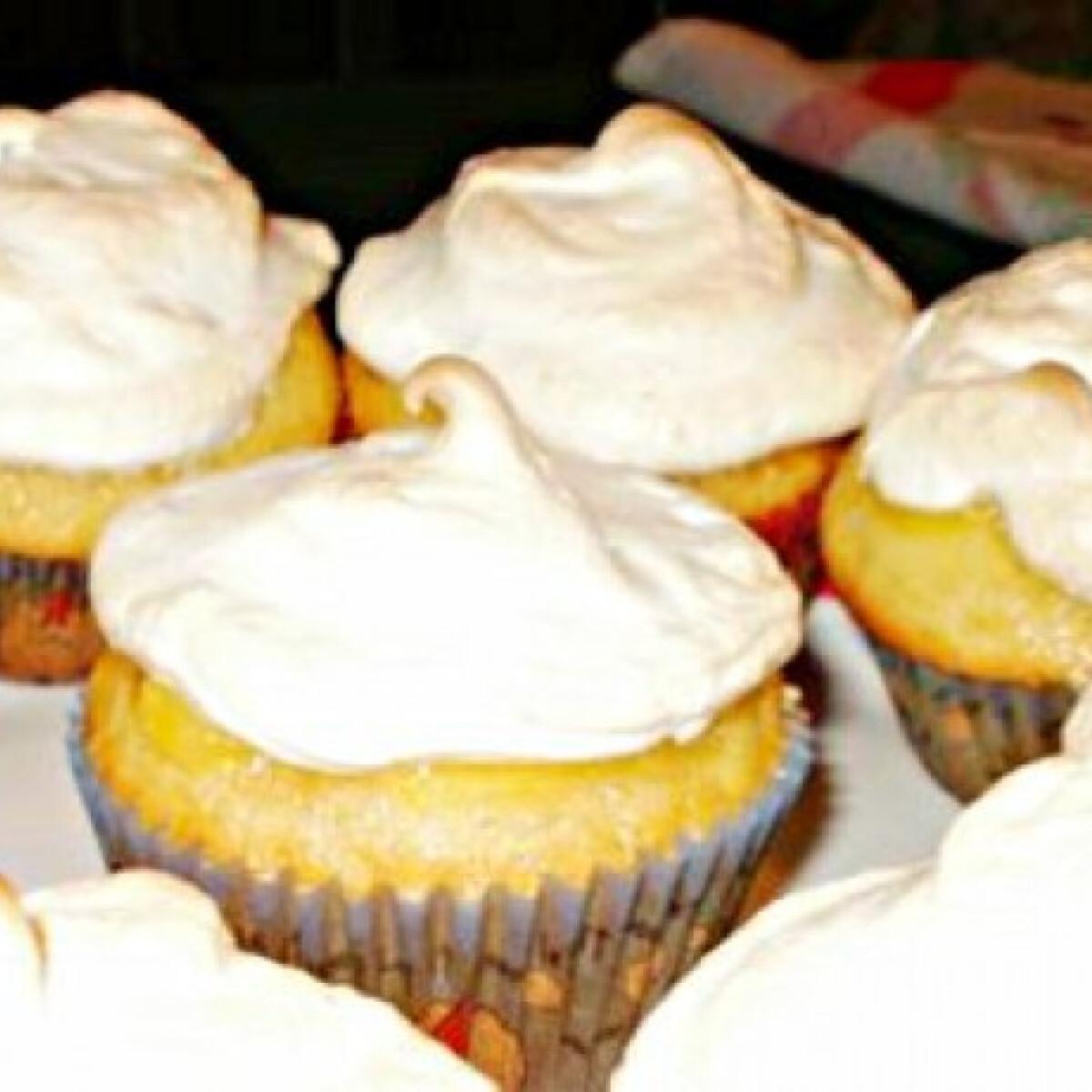 Ezen a képen: Citromkrémes muffin