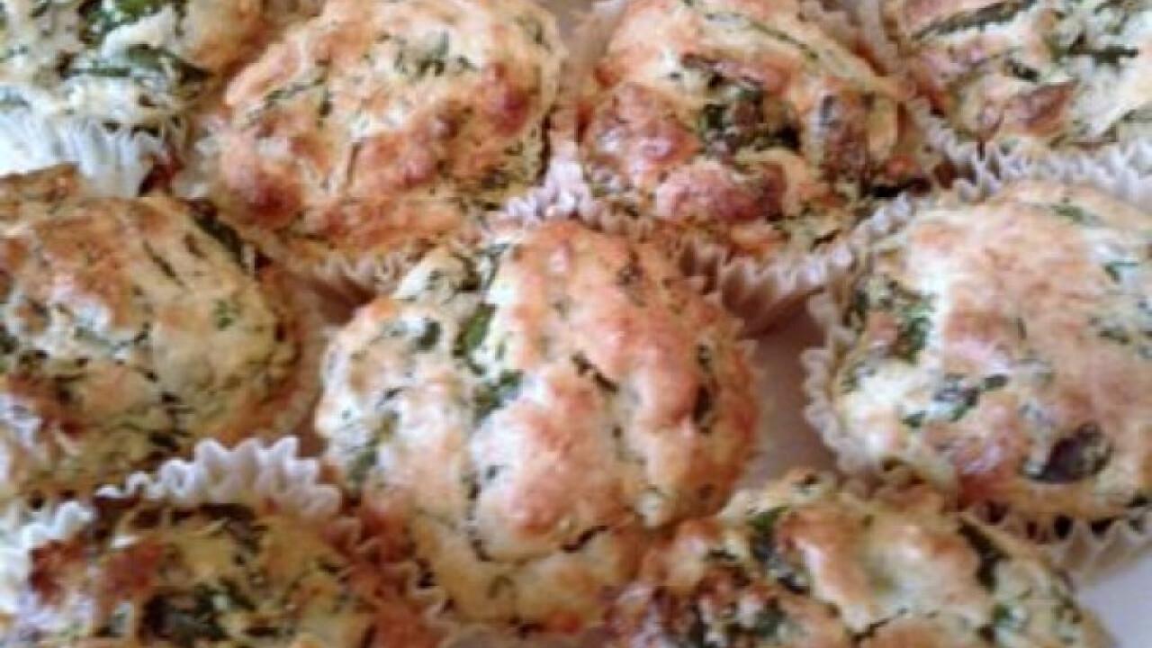 Spenótos-medvehagymás muffin