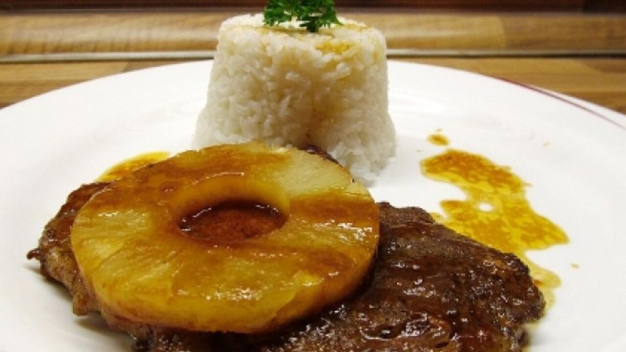 Fűszeres sertéskaraj ananásszal