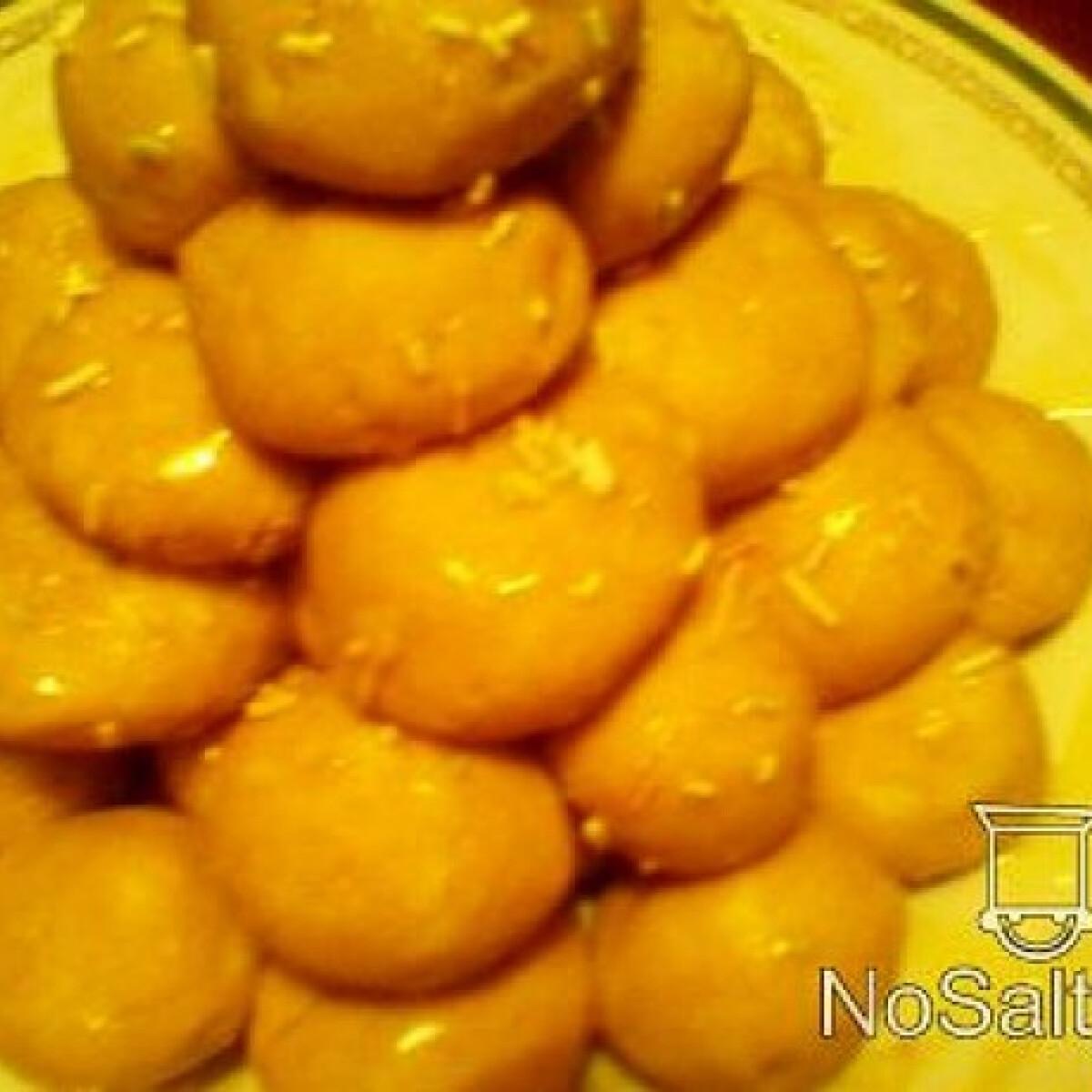 Ezen a képen: Almás-mézes golyócskák