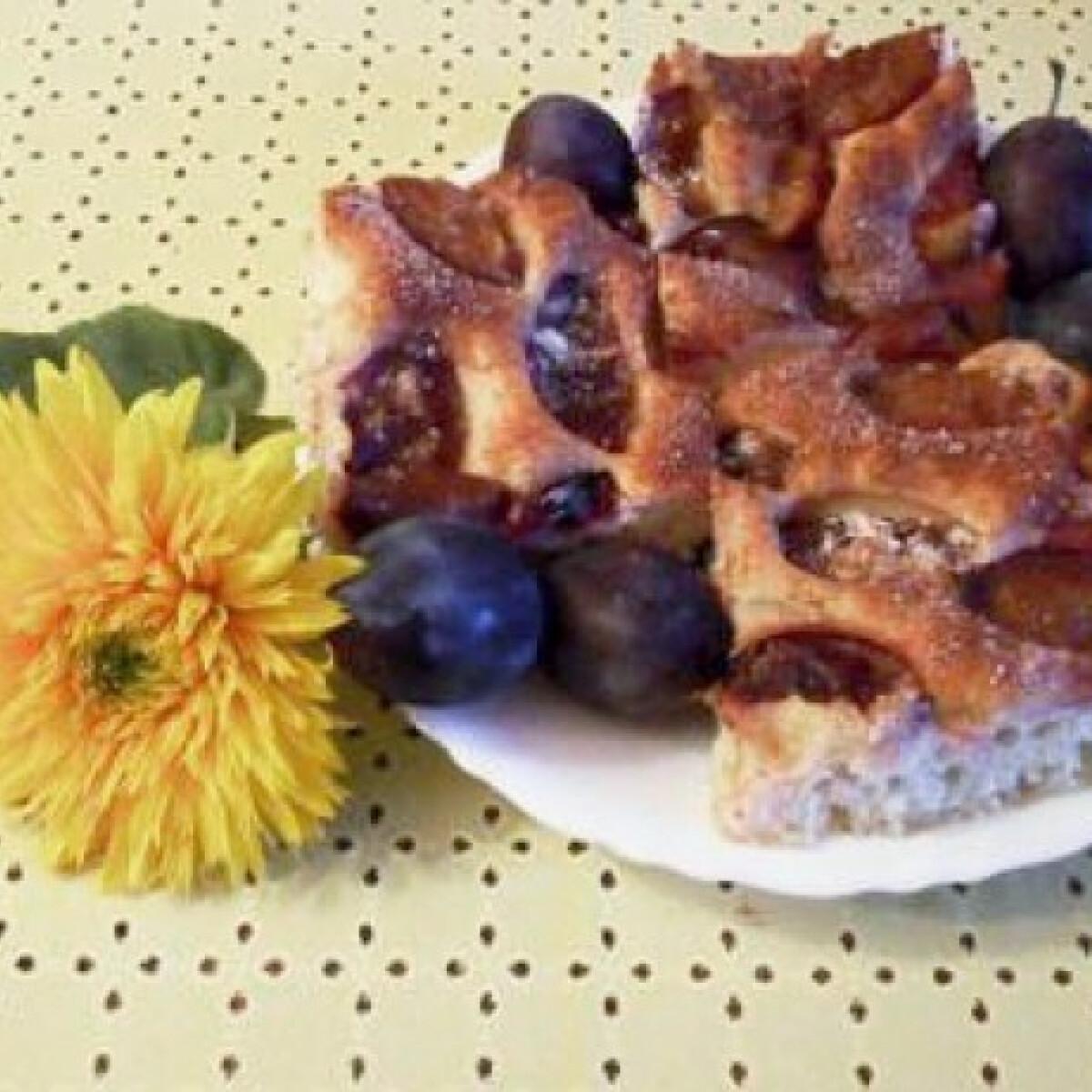 Ezen a képen: Szilvás süti Csilla konyhájából