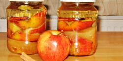 Sült alma likőr