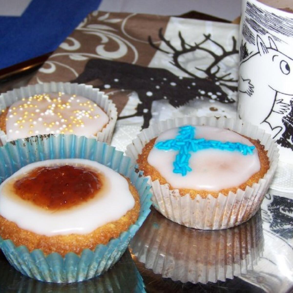 Runebergintorttu vagy Runeberg muffin
