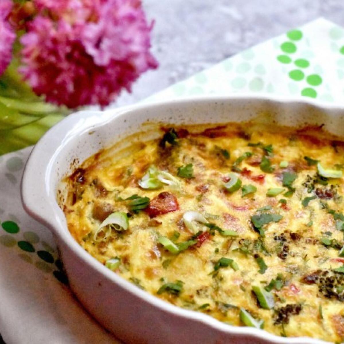 Ezen a képen: Csirkés-brokkolis casserole
