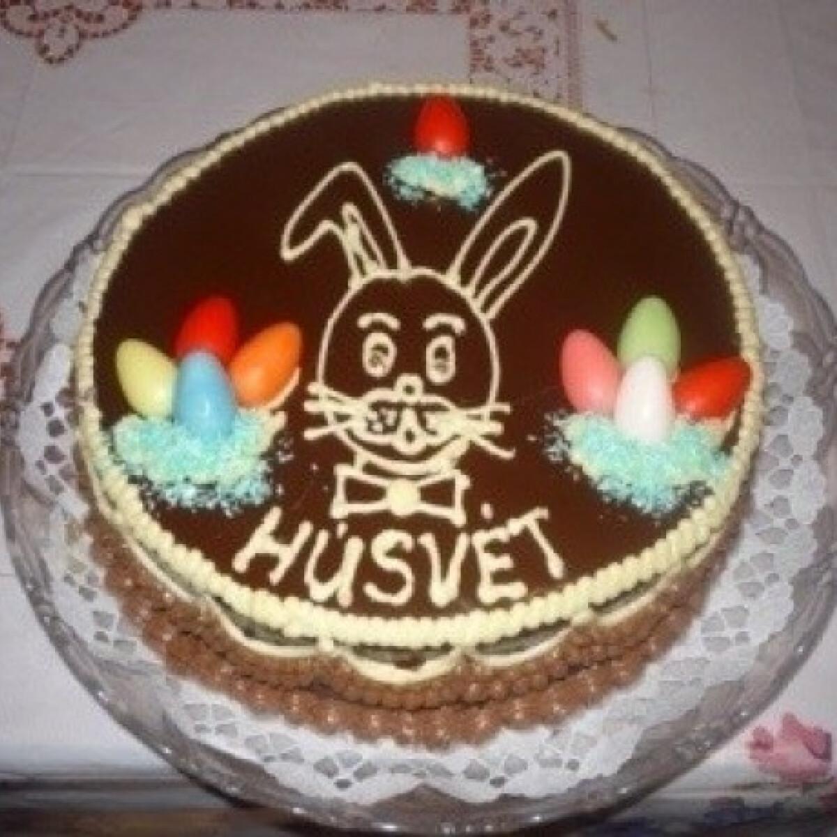Ezen a képen: Húsvéti csokoládétorta