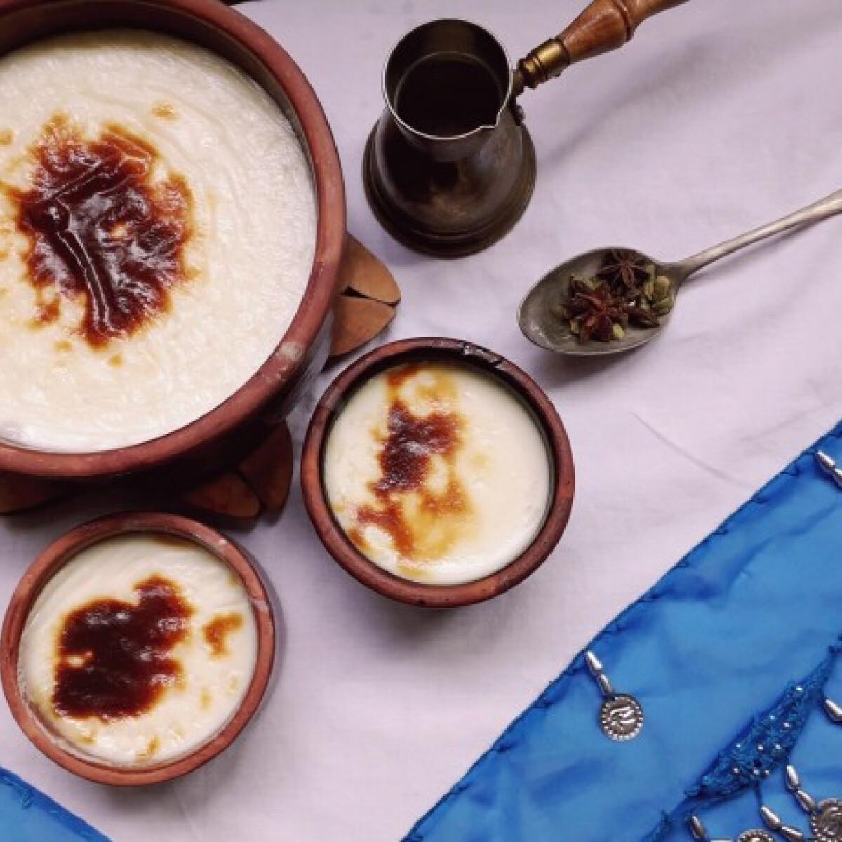 Ezen a képen: Sütőben sült egyiptomi tejberizs - roz bel laban