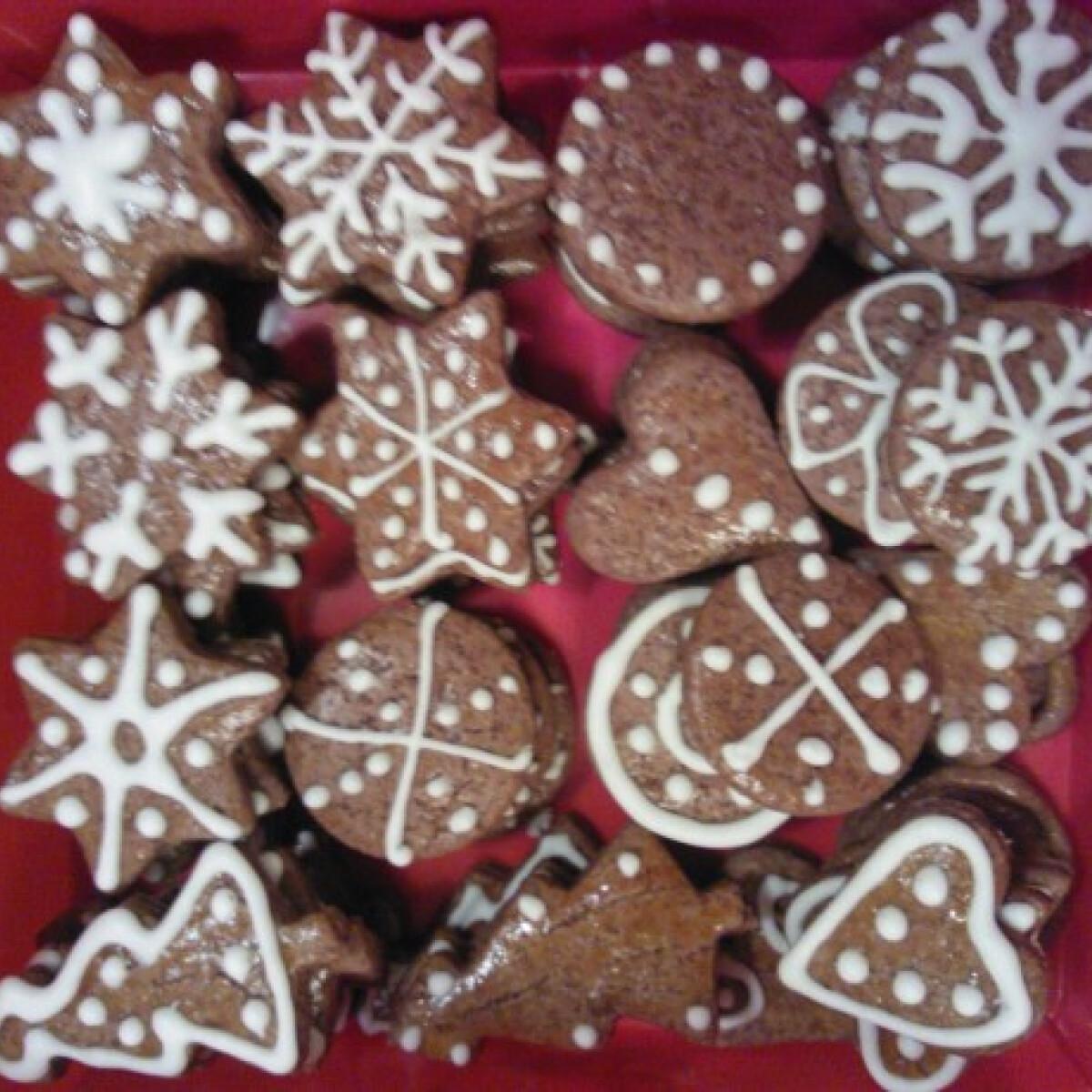 Ezen a képen: Karácsonyi mézeskék