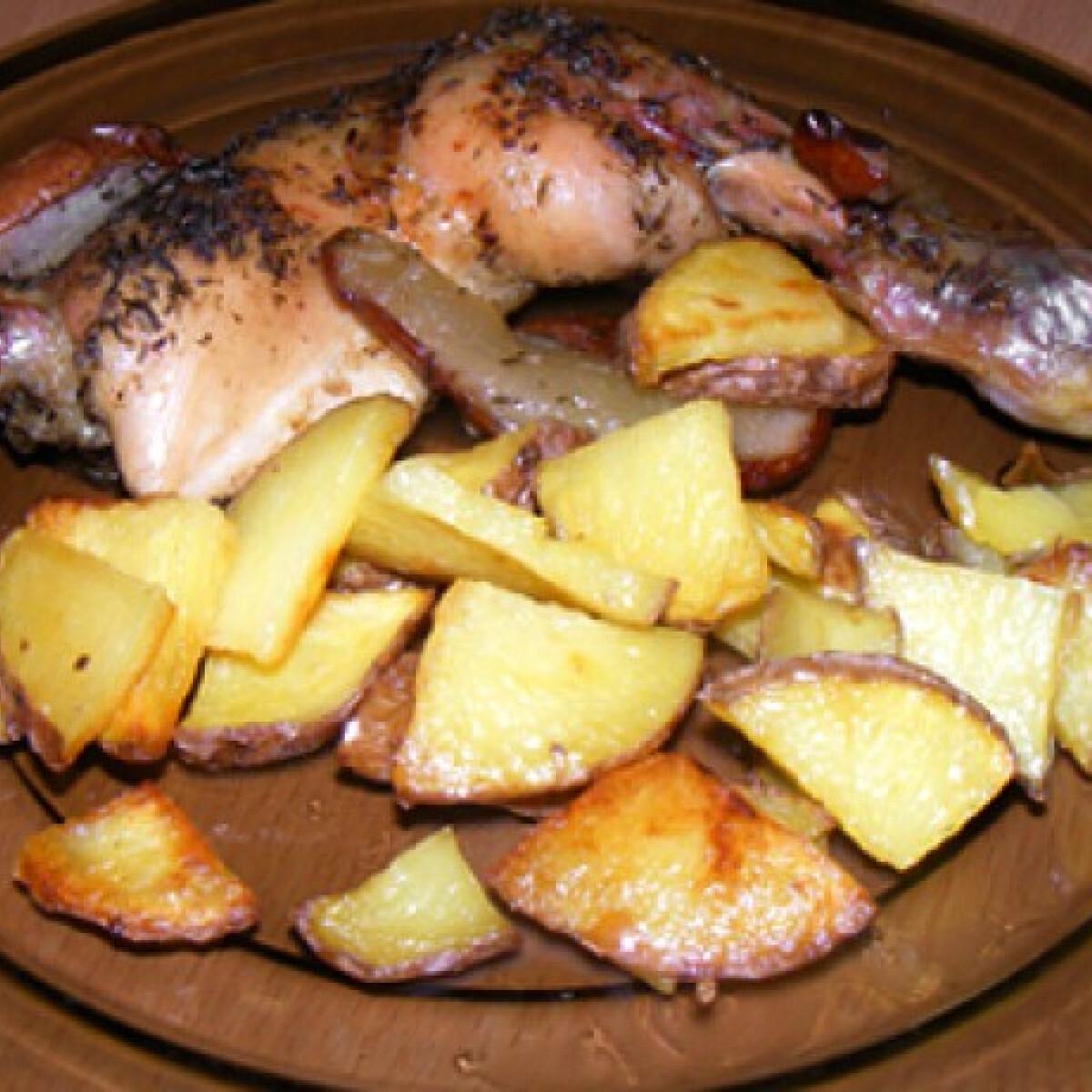 Ezen a képen: Körtés-zöldfűszeres csirke