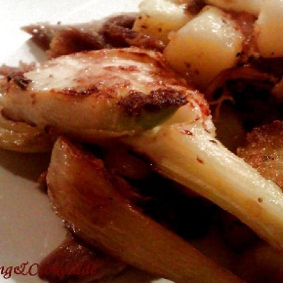 Ezen a képen: Sült sertéshús édesköménnyel